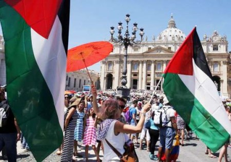 The PLO celebrate the introduction of the Koran in the Vatican.